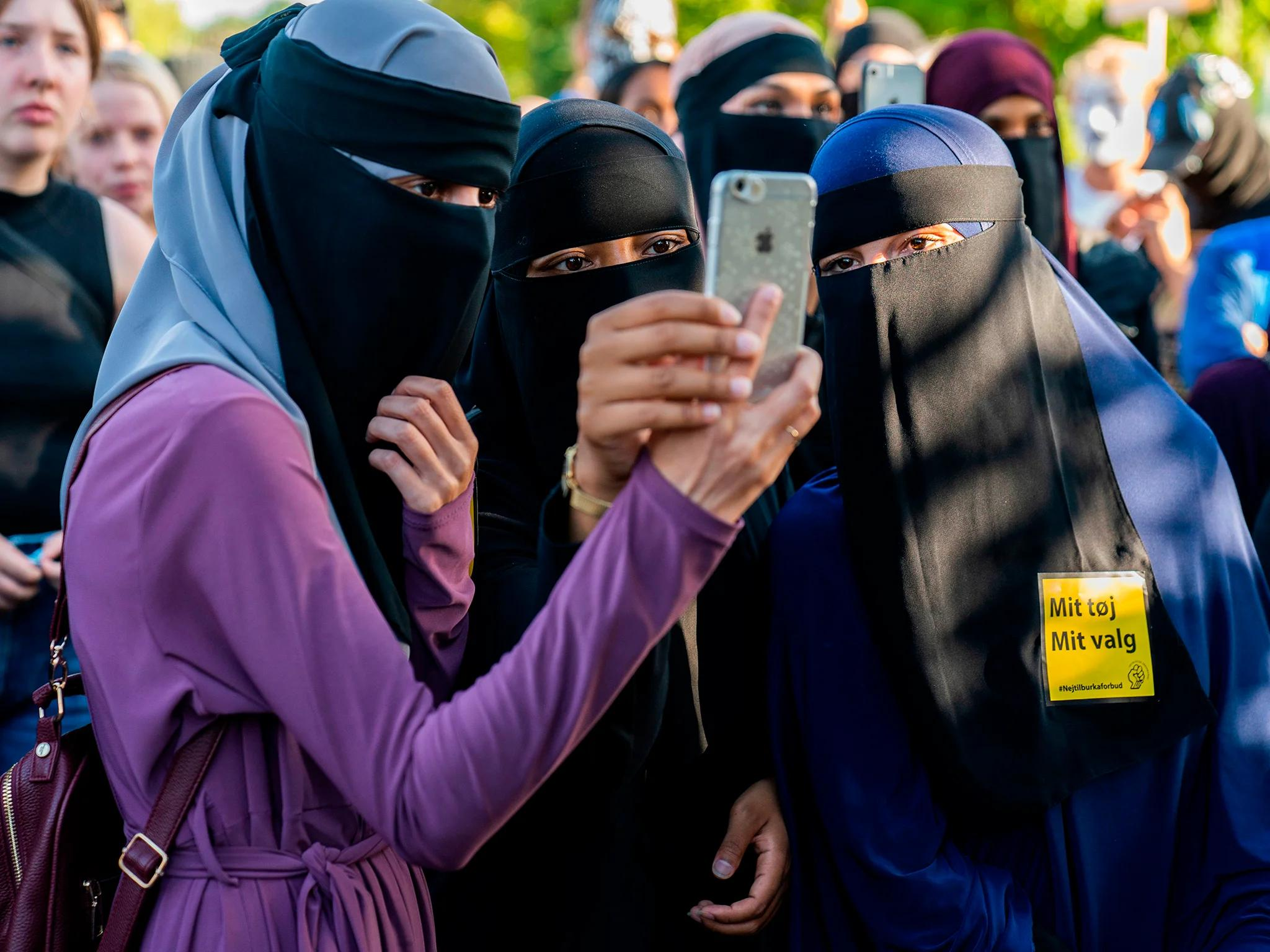 The main difference between a chador and a burka is that a burka covers the face whereas a chador wraps around and covers the head and hair but leaves the face exposed. There Are Two Types Of Hijab And The Difference Is Huge The Independent The Independent