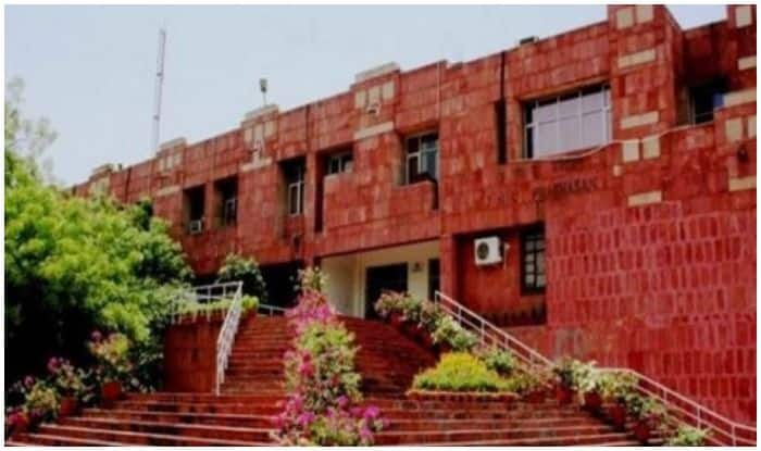 JNU to Reopen For Students on This Date, 7-day Self Quarantine Mandatory Before Joining