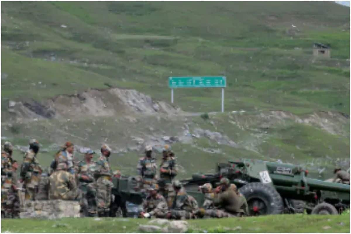 China Withdraws Troops Along LAC, But Heavy Armoured Vehicles Still Present: Indian Army Sources 9