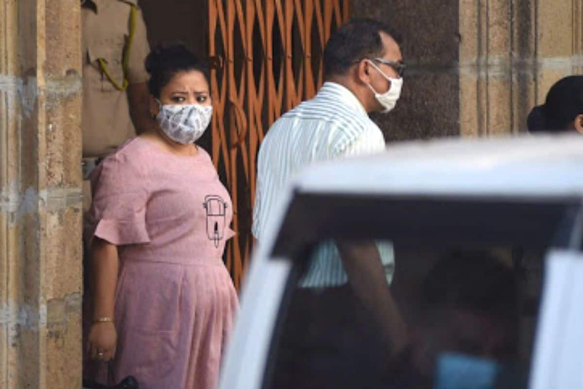 Bharti Singh-Haarsh Limbachiyaa Sent to 14-Day Judicial Custody, NCB Charges Latter For 'Financing' Drugs