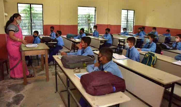 Coronavirus: All schools In Mumbai To Remain Closed Till 15th January: BMC