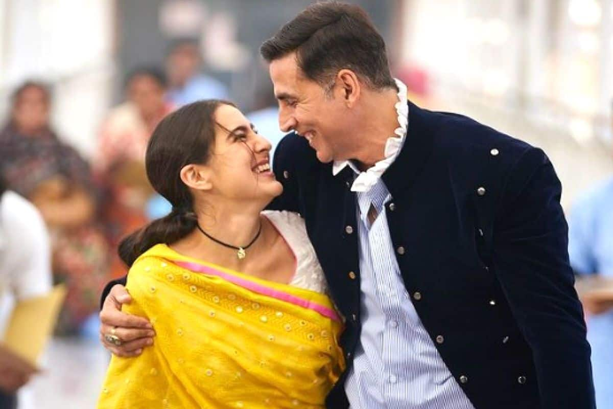 Akshay Kumar-Sara Ali Khan Are a Desi Couple in New Still From Aanand L Rai's Atrangi Re