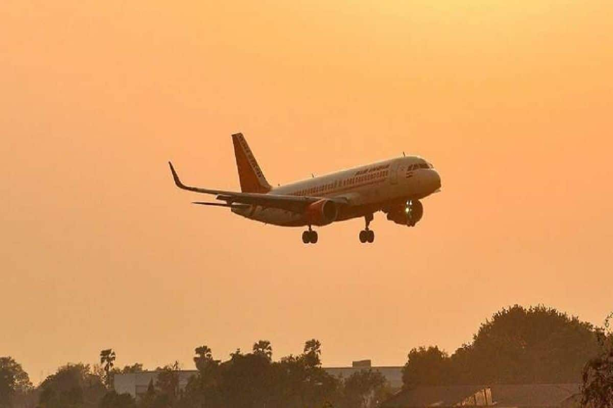 European Union Countries Urged To Halt Non-Essential Travel From India to Contain Variant Spread
