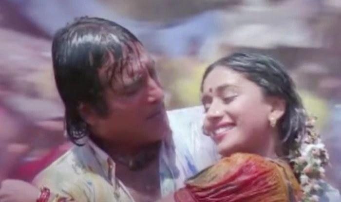 Vinod Khanna संग किसिंग सीन के लिए डायरेक्टर ने Madhuri को दिए थे 1 करोड़, रिलीज़ के बाद फिर जो बवाल कटा