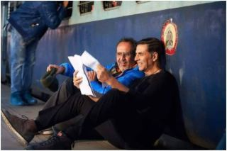 Akshay Kumar-Aanand L Rai's BTS Picture From The Sets of Raksha Bandhan is Simply Unmissable