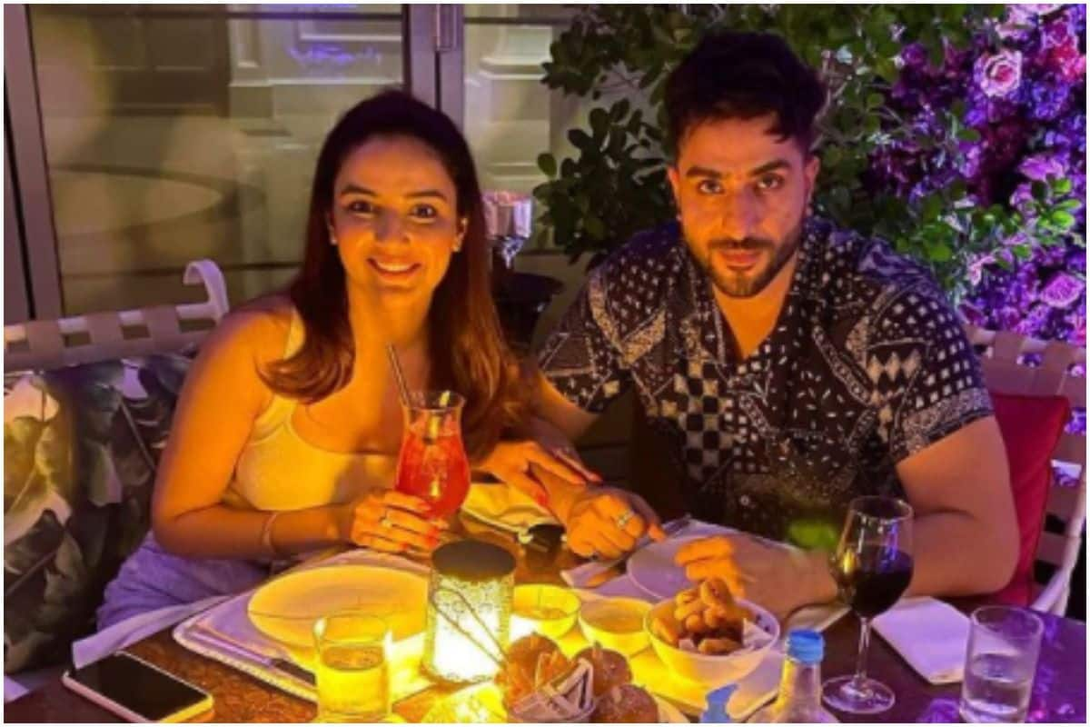 Jasmin Bhasin Is Missing Candle Light Dinner Date With Aly Goni, Shares This Throwback Picture