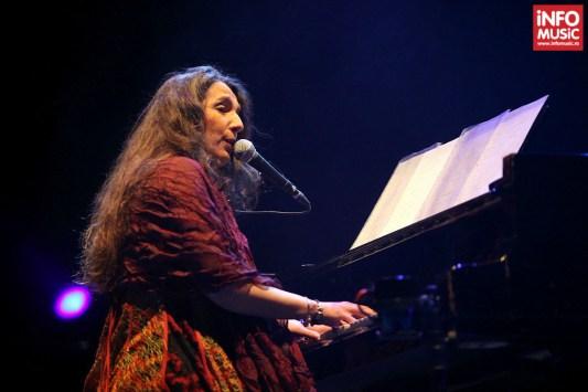 Concert Dulce Pontes la Sala Palatului din București pe 9 febrarie 2014