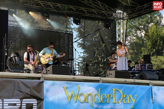 Aylin & The Lucky Charms la Wonder Day 2014