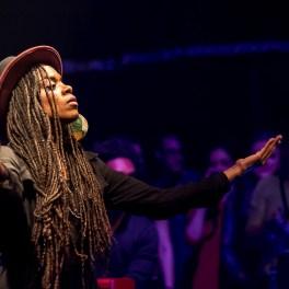 Akua Naru în concert la Silver Church din București pe 29 martie 2015