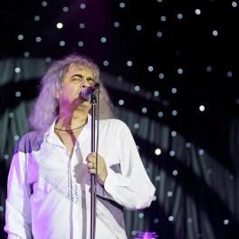 Cristi Minculescu alături de IRIS în concertul ROCKOLINDE de pe 22 decembrie 2015