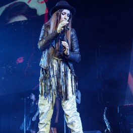 Cristina Bălan în concertul Damian & Brothers de pe 31 martie 2017