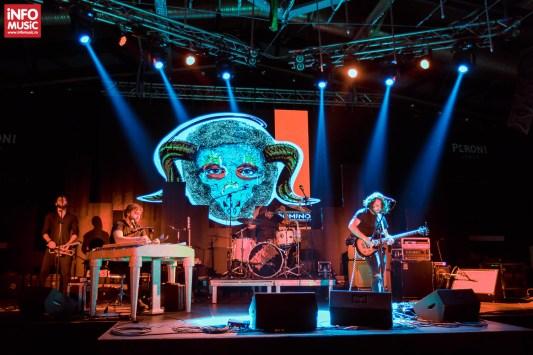 Trupa Domino în deschiderea concertului The Mono Jacks pe 3 noiembrie 2017 în Fratelli