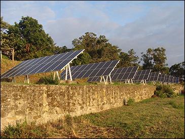 Solar cells on Spain's Cíes Islands / via Wikimedia Commons.