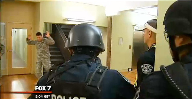 policetrain1