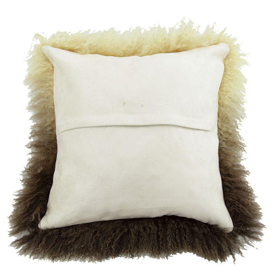 housse de coussin en laine d agneau a poils longs beige et marron