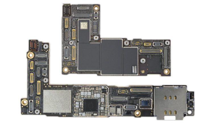 iPhone 12 Pro Max Carte Mere vs iPhone 12 mini