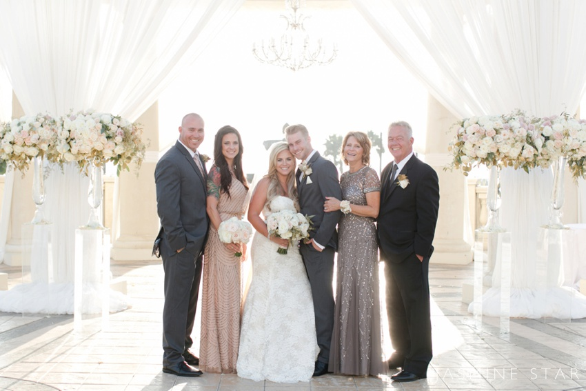 Tips For Family Photos On A Wedding Day