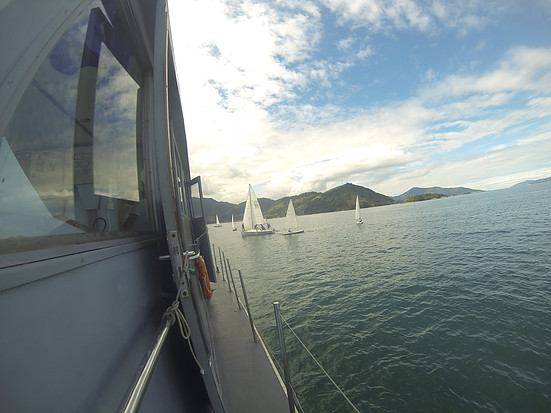 Barcos da categoria Laser na Enseada. (Foto: Comunicação Social / GVREFOMM)