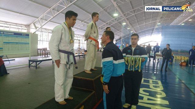 Al. Sato garantiu medalha de prata, na categoria Ligeiro.(Foto: Jornal Pelicano)