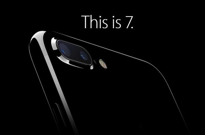 Apple IPhone 7 128GB Smartphone - Red