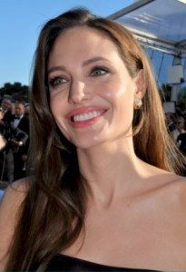 Angelina Jolie and most of us have this facial symmetry defect.