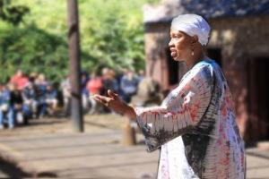 Explaining white privilege & the Gullah, descendants of enslaved Africans.