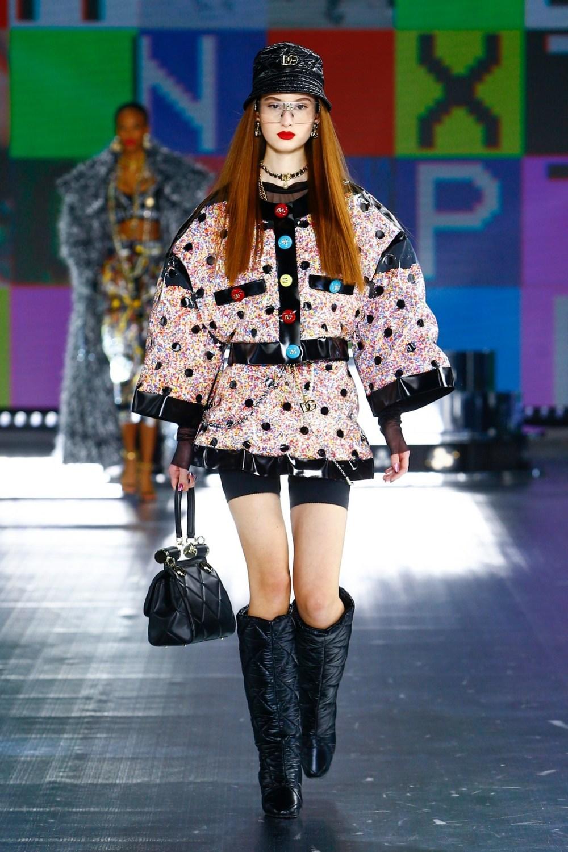 Dolce & Gabbana: Dolce & Gabbana Fall Winter 2021-22 Fashion Show Photo #22