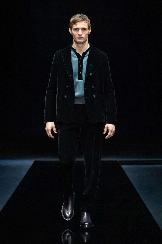 Armani: Giorgio Armani Fall Winter 2021-22 Fashion Show Photo #8