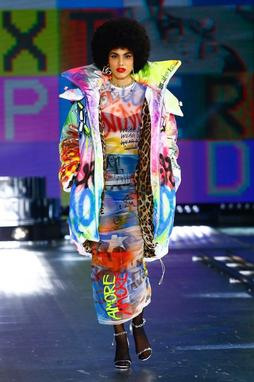 Dolce & Gabbana: Dolce & Gabbana Fall Winter 2021-22 Fashion Show Photo #21