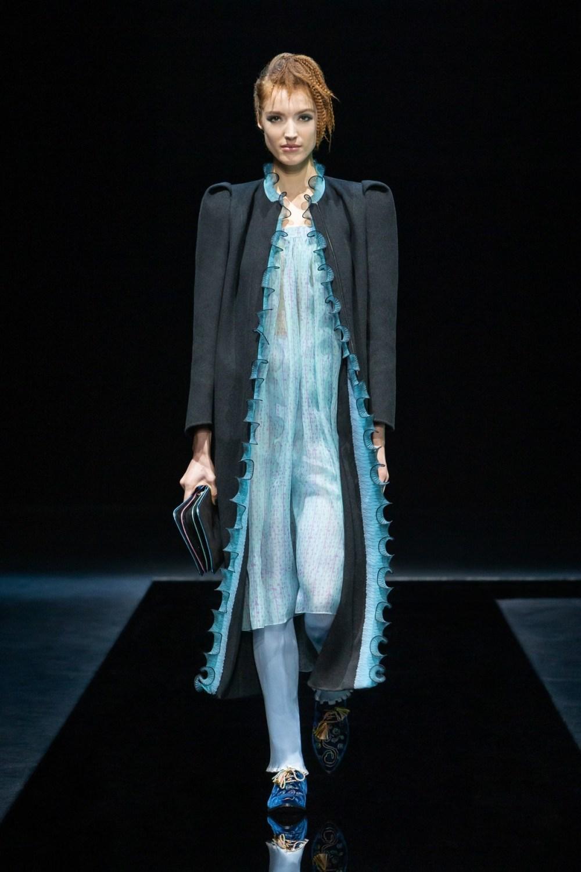 Armani: Giorgio Armani Fall Winter 2021-22 Fashion Show Photo #15