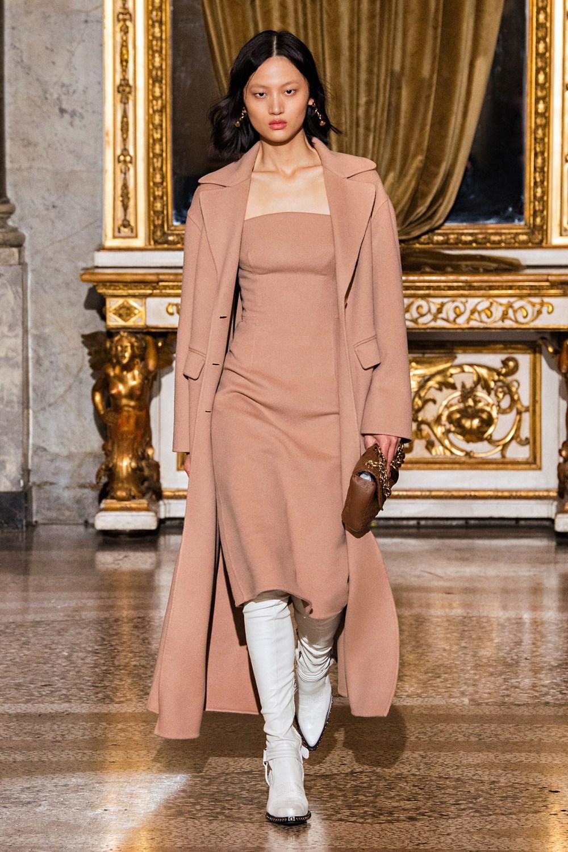Ermanno Scervino: Ermanno Scervino Fall Winter 2021-22 Fashion Show Photo #2