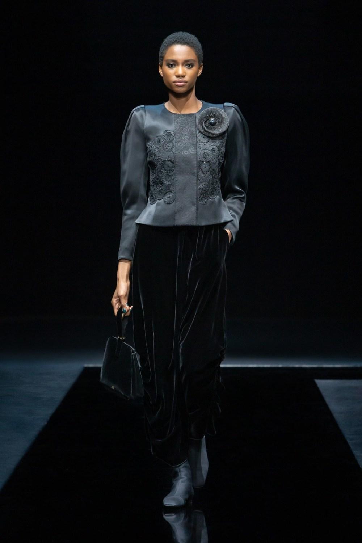 Armani: Giorgio Armani Fall Winter 2021-22 Fashion Show Photo #43