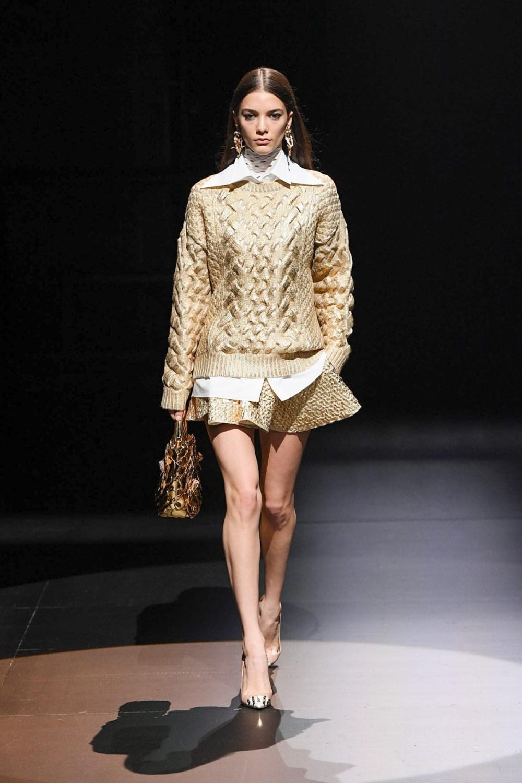 Valentino: Valentino Fall Winter 2021-22 Fashion Show Photo #30
