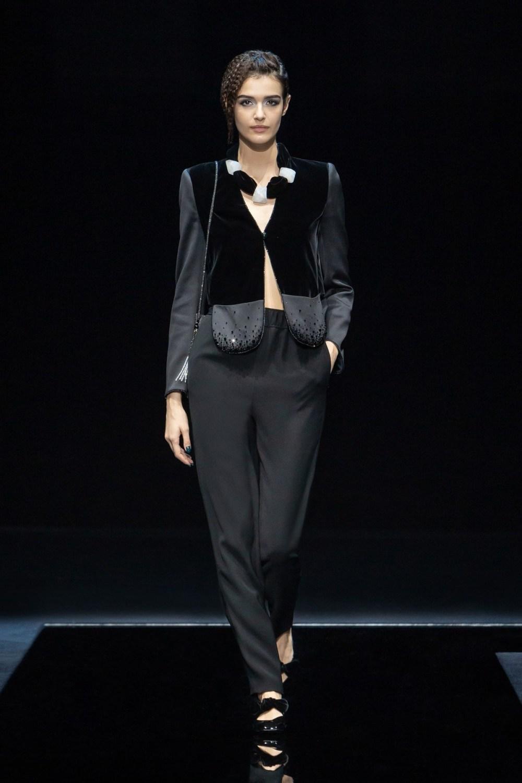 Armani: Giorgio Armani Fall Winter 2021-22 Fashion Show Photo #42