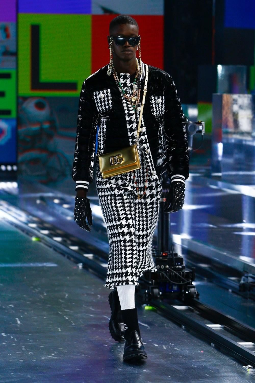 Dolce & Gabbana: Dolce & Gabbana Fall Winter 2021-22 Fashion Show Photo #46