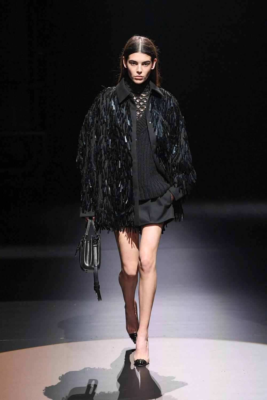 Valentino: Valentino Fall Winter 2021-22 Fashion Show Photo #40