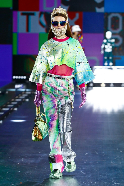 Dolce & Gabbana: Dolce & Gabbana Fall Winter 2021-22 Fashion Show Photo #11