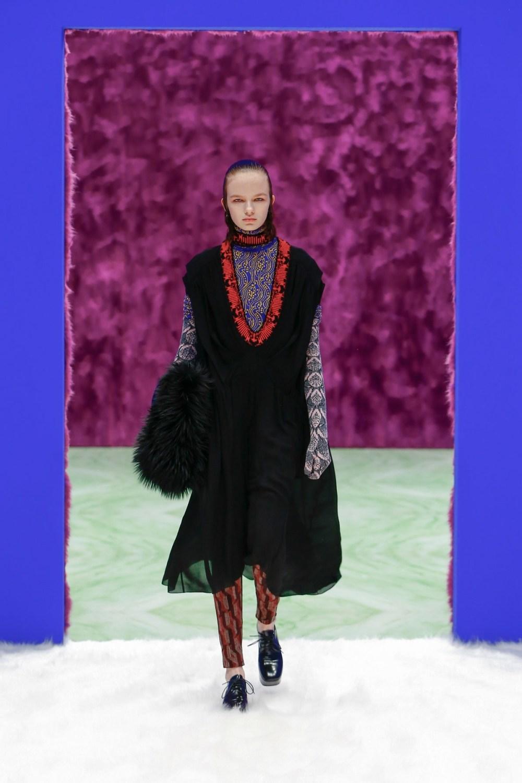 Prada: Prada Fall Winter 2021-22 Fashion Show Photo #24