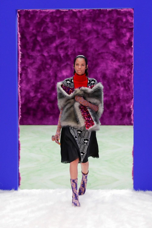 Prada: Prada Fall Winter 2021-22 Fashion Show Photo #25