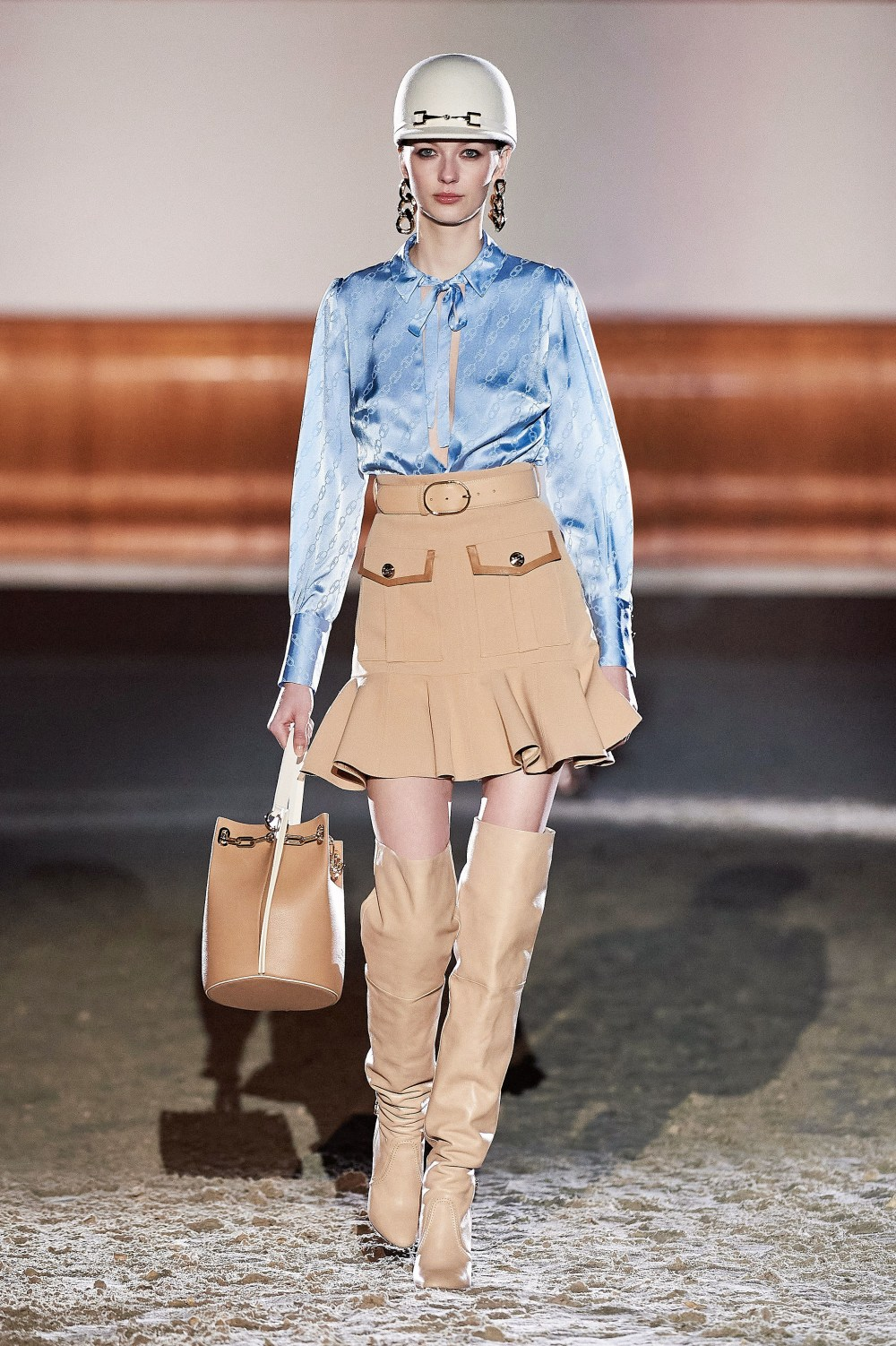 Elisabetta Franchi: Elisabetta Franchi Fall Winter 2021-22 Fashion Show Photo #8