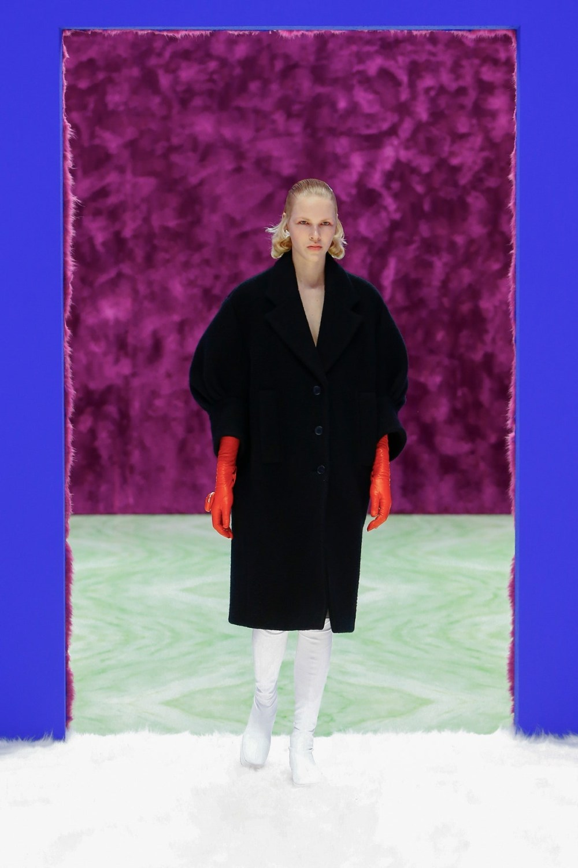Prada: Prada Fall Winter 2021-22 Fashion Show Photo #10