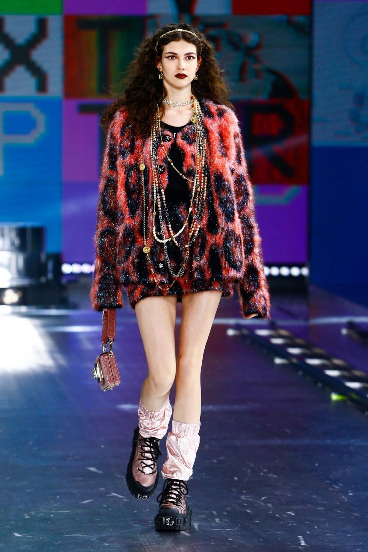 Dolce & Gabbana: Dolce & Gabbana Fall Winter 2021-22 Fashion Show Photo #49