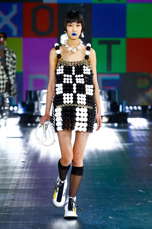Dolce & Gabbana: Dolce & Gabbana Fall Winter 2021-22 Fashion Show Photo #47