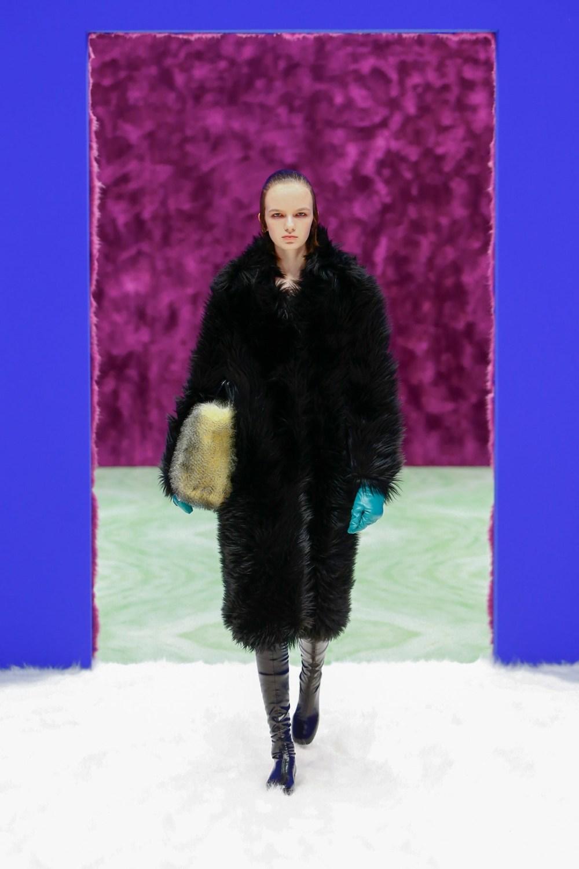 Prada: Prada Fall Winter 2021-22 Fashion Show Photo #9