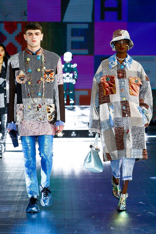 Dolce & Gabbana: Dolce & Gabbana Fall Winter 2021-22 Fashion Show Photo #37