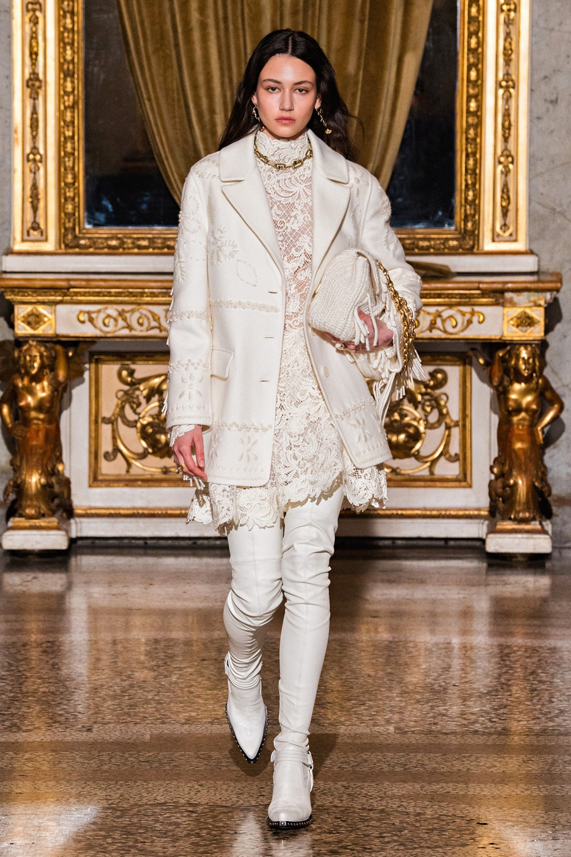 Ermanno Scervino: Ermanno Scervino Fall Winter 2021-22 Fashion Show Photo #6