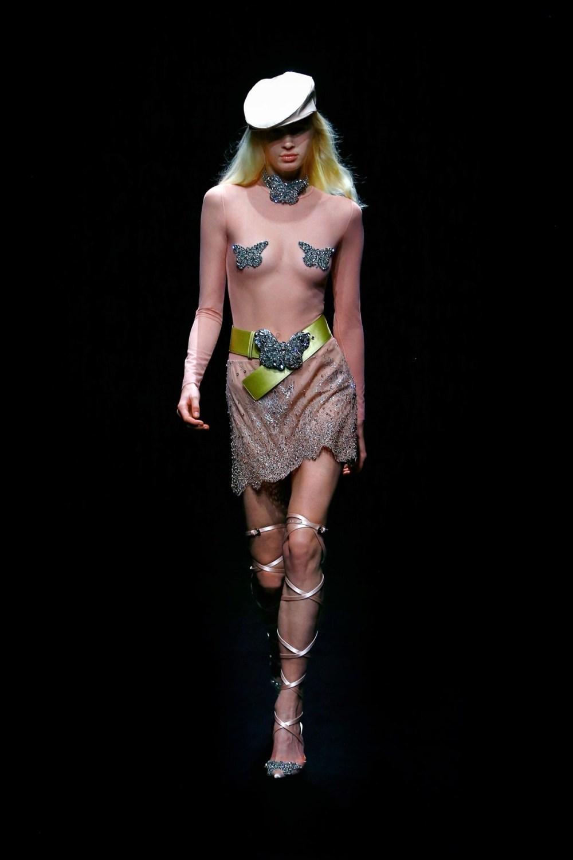 Blumarine: Blumarine Fall Winter 2021-22 Fashion Show Photo #13