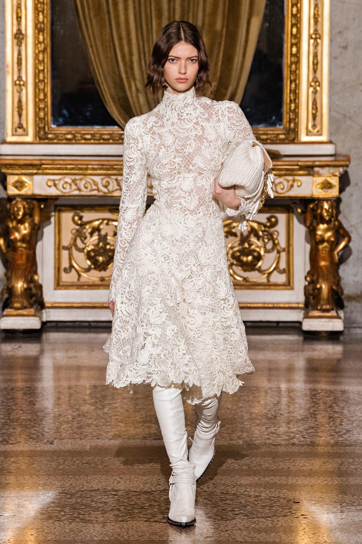 Ermanno Scervino: Ermanno Scervino Fall Winter 2021-22 Fashion Show Photo #1