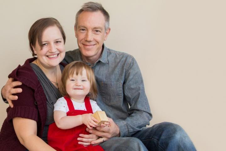 baby-sling-story-marianne-matthews-with-husband-bob-and-daughter-sola-eden