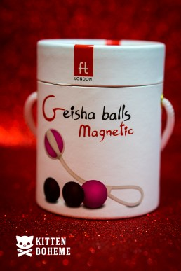 FT London Geisha Balls Magnetic Packaging